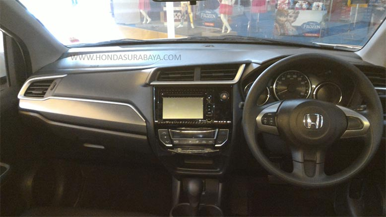 interior-new-honda-brio-tipe-rs