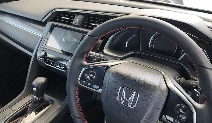Interior Honda Civic Hatchback RS Turbo