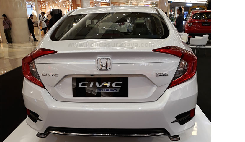 Eksterior Honda Civic Turbo Sedan